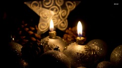 1015-golden-christmas-candles-1366x768-photography-wallpaper (2)