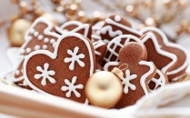 christmas-gingerbread-cookies_635843667676930401200300423_christmas-cookies-food-32709943-2560-1600