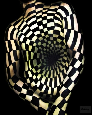 natalie-fletcher-optical-illusion-body-paint-1-640x805