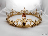 noble_heart___handmade_medieval_crown_by_seralune-d9fz4ar