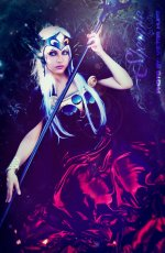 polaris_hilda_by_shermie_cosplay-d8z5b34